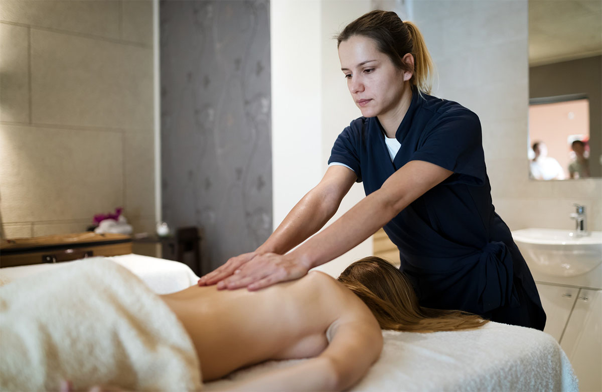 How Can Massage Therapy Treat Your Chronic Pain?